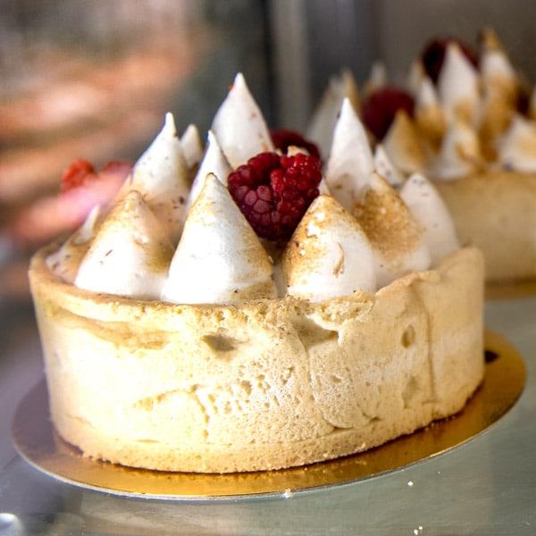 pastel merengue